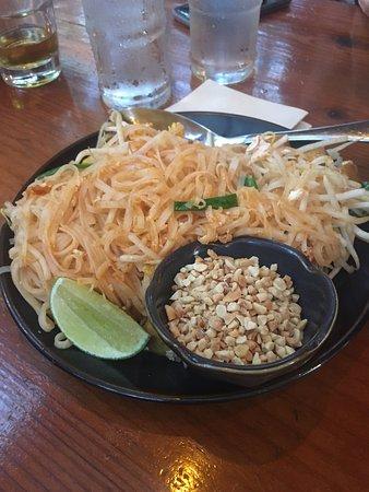 Davis, CA: Tofu Pad Thai