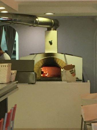 Ferreries, สเปน: Le four à pizza !