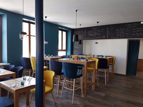Erstein, France: une partie du restaurant