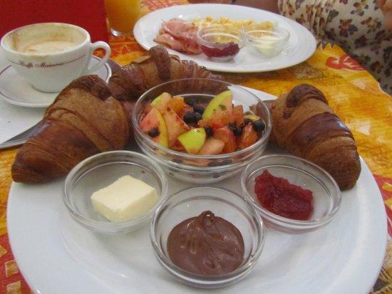Slavonice, Česká republika: Desayuno