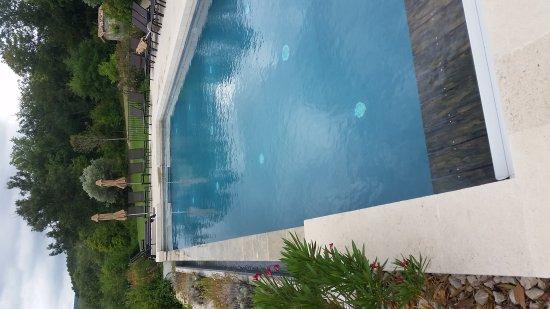 Charols, Франция: 20170725_114556_large.jpg
