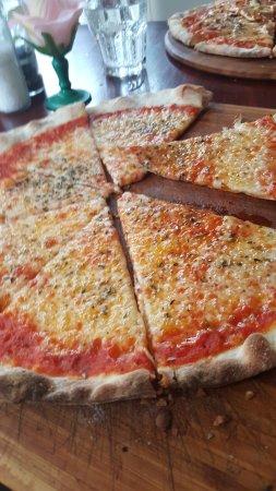 Vlaardingen, The Netherlands: ook heerlijk pizza's hebben wij
