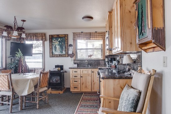 Franciscan Lakeside Lodge: Lakefront Cabin