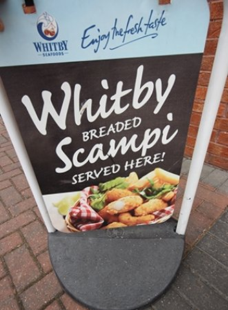 Castleford, UK: Whitby Scampi available