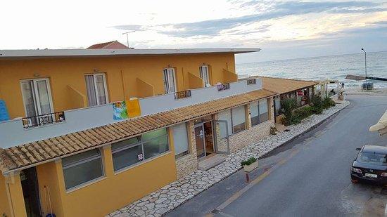 Foto de Kormoranos Beach Hotel