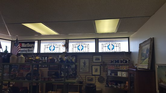Hays, KS: The store is full of beautiful Stained Glass Windows from Scotland