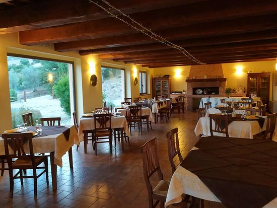 Country House Casal Cerqueto : Sala ristorazione