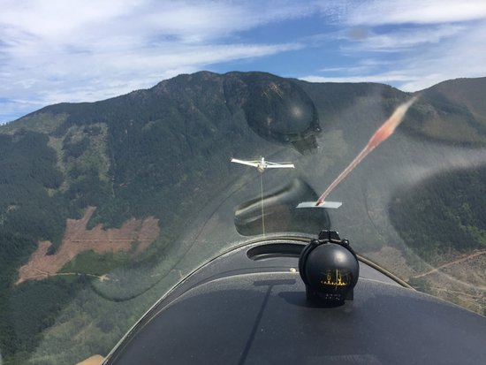 Port Alberni, Canada: In the glider, just prior to the tow plane release.