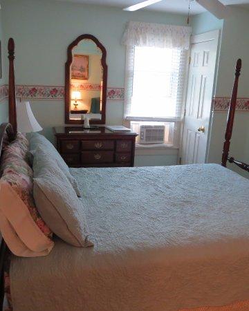 Terrell House B and B: Virginia's room