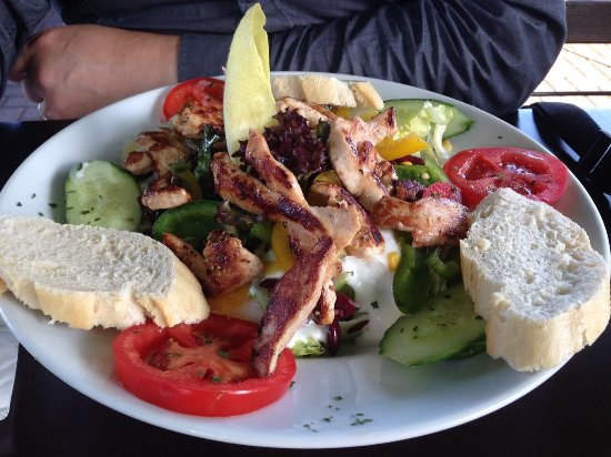 Monheim am Rhein, Duitsland: California Chicken Salat