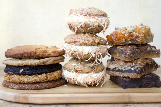 Oakville Grocery Company : Cookies and browning galore!