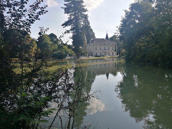 Tournon-Saint-Pierre, France : photo1.jpg
