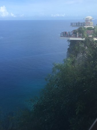 Two Lovers Point: photo8.jpg