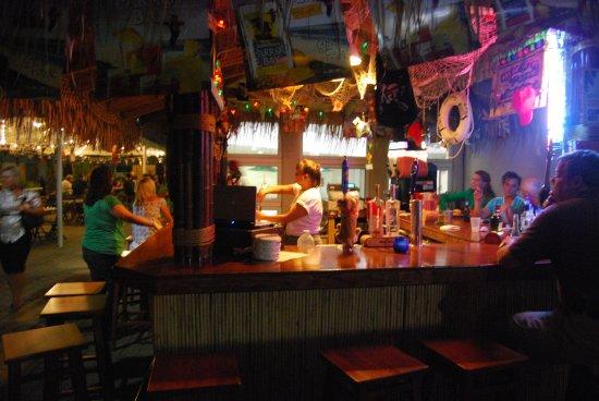 Clinton Township, MI: Castaways Tiki Bar