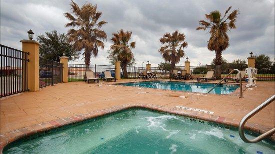Bastrop, TX: Outdoor Pool