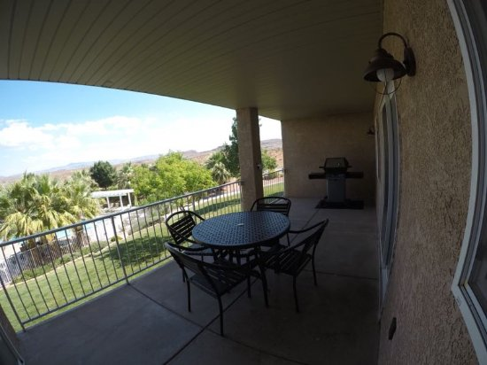 Worldmark St. George: Balcony and beyond from master BR / 2 BR Unit