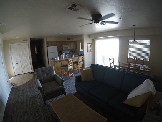 Worldmark St. George: Front room, Dining and Kitchen / 2 BR Unit