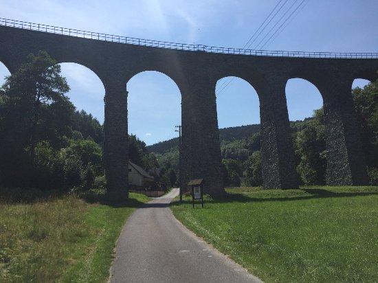 Novinsky viadukt: Vlký viadukt