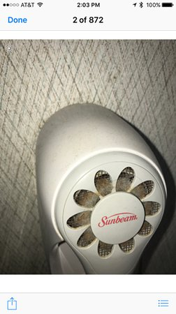 Surf Inn Suites: Dirty hairdryer, why even bother.