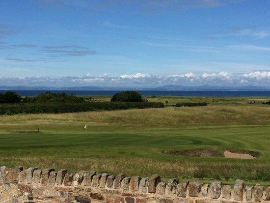 Craigielaw Golf Course: Im Hintergrund ist (fast) immer Meer zu sehen.