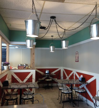 Eating area.  There is also counter service.  Note light fixtures.