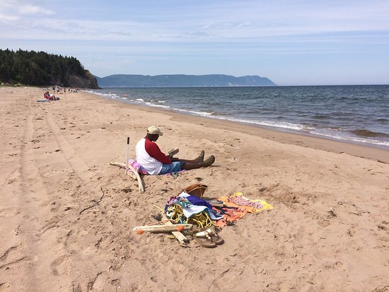 Dingwall, แคนาดา: Lovely place to camp for a few days. Wonderful views. Outstanding beach (1 mile hike) and short