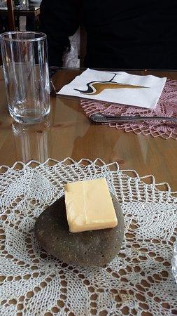 Grundarfjorour, İzlanda: Icelandic butter served on pebble
