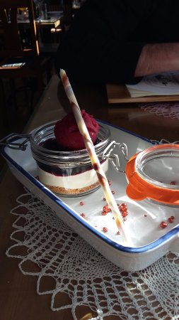 Grundarfjorour, İzlanda: Skyr mousse with sorbet