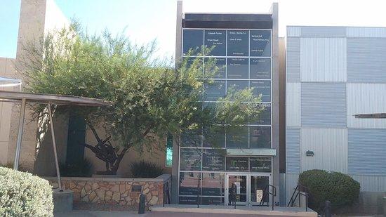 El Paso Public Library