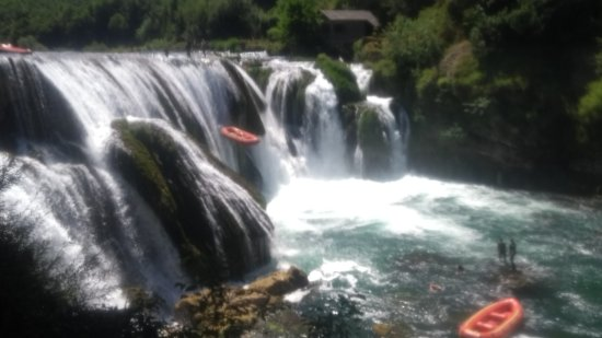 Una RC Kiro Rafting - Day Trips: vodopád na Une