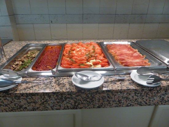 Hotel Eden Nord: Breakfast buffet