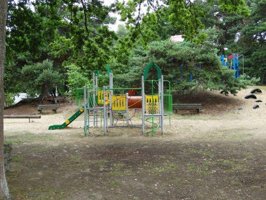 Kinderpretland Ijzeren Man Weert: Kinderpretland: buitenspeeltuin