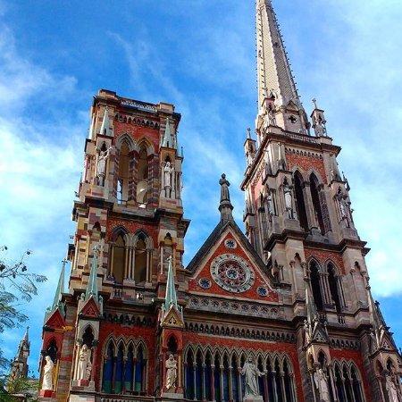 Iglesia de Los Capuchinos: Iglesia de los Capuccionos (vista de frente)