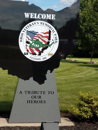 Clinton, OH: Amazing veterans memorial Park for Ohio fallen!!