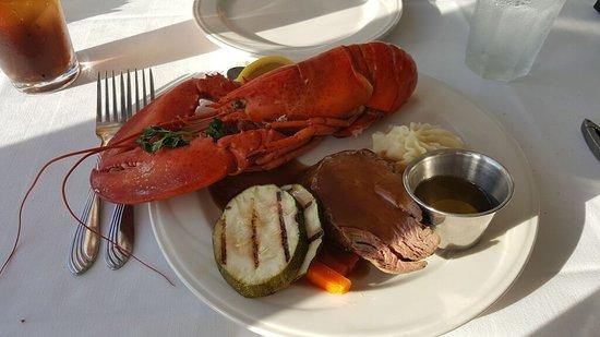 Waikiki Beach Marriott Resort & Spa: Steak and Lobster!!