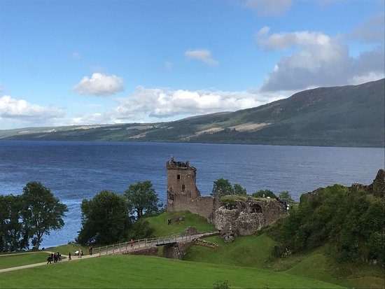 Urquhart Castle: photo1.jpg