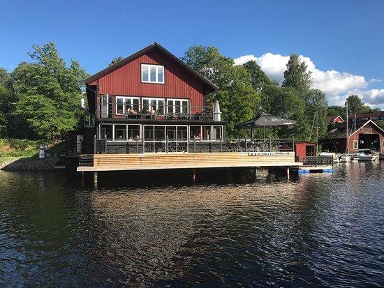 Gustavsfors, Szwecja: Toppen ställe att ta en öl eller en drink🍺🍸eller en bit mat. Här kan rum hyras också.