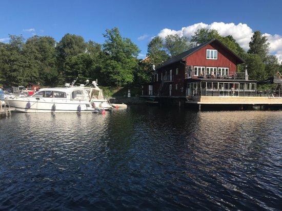 Gustavsfors, Suecia: Toppen ställe att ta en öl eller en drink🍺🍸eller en bit mat. Här kan rum hyras också.