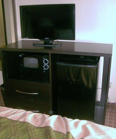 Harrisonburg, Wirginia: TV, microwave, fridge