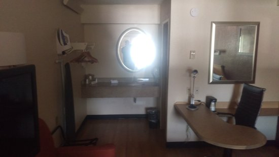Red Roof Inn Tallahassee - University: IMAG0670_large.jpg