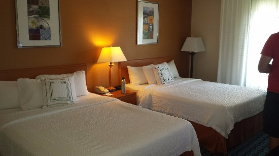 Romulus, MI: Rooms clean, beds comfortable