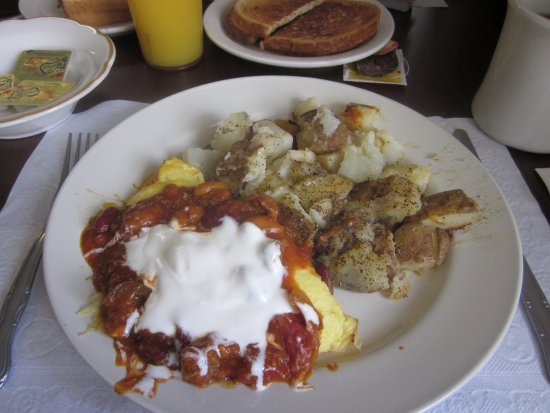 Croydon, PA: Chili & Cheddar Cheese Omelet with Hash Brown Potatoes