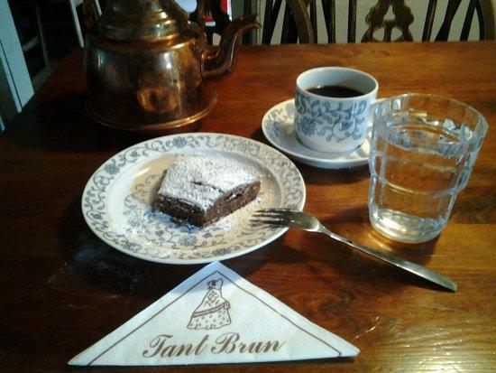 Sigtuna, Suecia: Tant Brun: coffee and chocolat cake