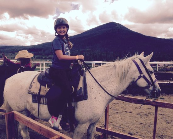 Sombrero Stables at Snow Mountain Ranch: Getting ready to head out