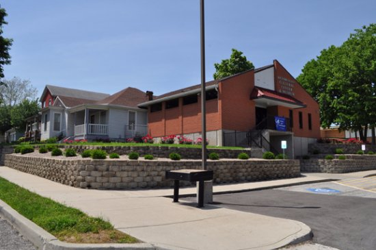 Leavenworth, KS: The Richard Allen Cultural Center as it appears from Kansas Highway 7 (Fourth Street)