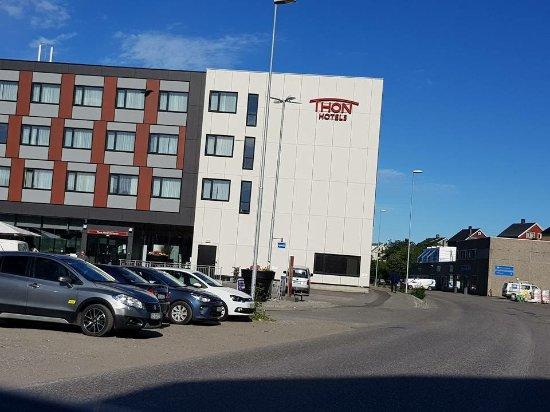 Thon Hotel Kirkenes Image