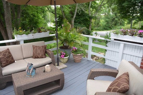 Brewster, ماساتشوستس: Private deck for the Lewis Bay Light Suite.
