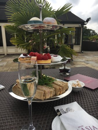 Grosvenor Pulford Hotel & Spa: Afternoon tea spa package for two - a wonderful and relaxing experience
