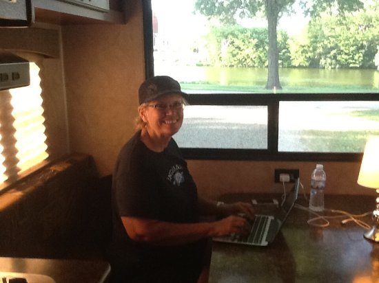 Ellis, KS: Sitting pretty with electric, wifi, and a beautiful view from the camper!