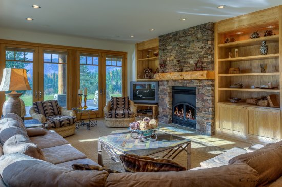 Trout Creek, MT: Den/Family Room